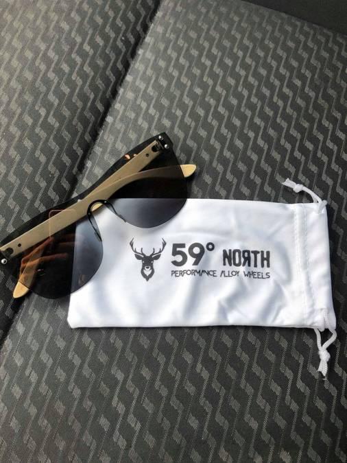 59 North Wheels - Mikrofibrowy futerał na okulary